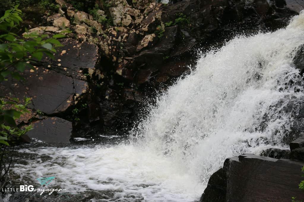 waterfall chute aux rats