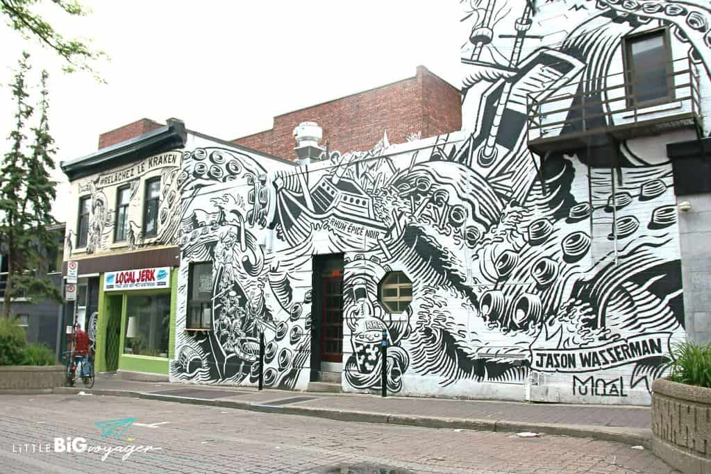Black and white mural Avenue Duluth Montreal